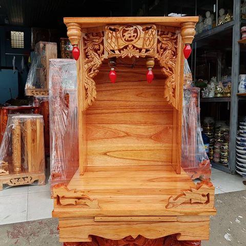 Mẫu bàn thờ thần tài gỗ xoan